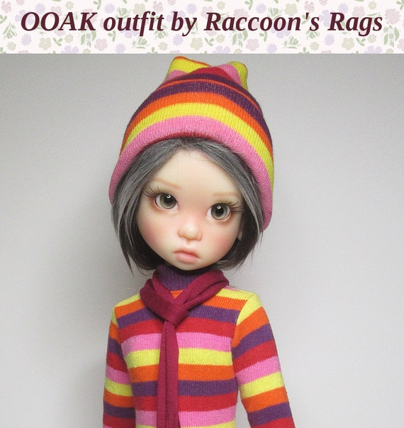 OOAK  set for Kaye Wiggs dolls.  Tunic sweater outfit.  Fits mei Mei (43cm) body.  Seven pieces in all.