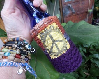 Hippie Gift, Hippie Festival, Peace Sign, Beer cozy, beer cooler, hippie crochet, beer gift, beer accessory, can cooler, bottle cooler,