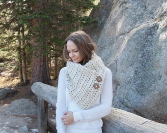 Chunky Winter Cowl Infinity Neckwarmer With Wood Buttons Wrap / THE CARIBOU / Wheat