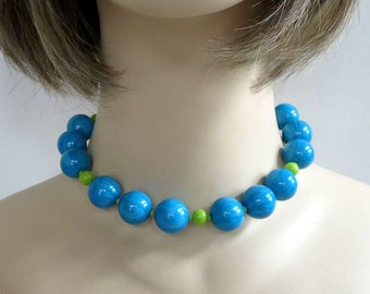 Blue & Green Swirl Lucite Bead Necklace Beaded Vintage Choker