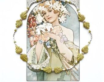 LIME LEAVES Choker, Art Nouveau Choker, Green Silver Necklace, Cottage Chic Necklace, Fine Jewelry, Bridal Jewelry, Modern Choker,