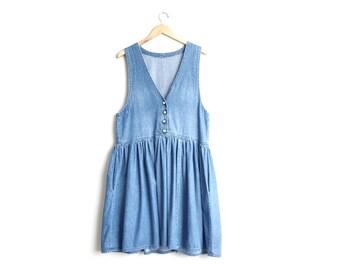 Size L // DENIM V-NECK JUMPER // Sleeveless - Blue - Pleated Gathered Skirt - Pockets - Vintage Handmade.