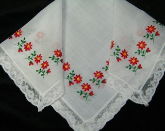 Vintage 1950's Embroidered, Lace Trim Poinsettia Christmas Handkerchief, Hankie, Hanky - 9813