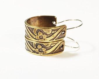 3/4 Inch Hoop Earrings, Etched Brass, Flower Earrings