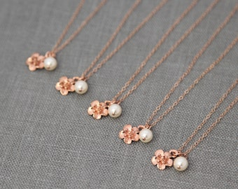 Flower Bridesmaid Necklace, Rose Gold Necklace Set of 8, Rose Gold Bridesmaid Gift, Bridesmaid Jewelry Rose Gold