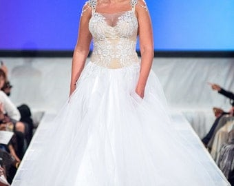Curvy and Tall Wedding Dress Bridal Gown Plus Size