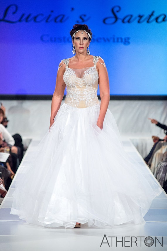 Curvy and tall wedding dress bridal gown plus size for Wedding dresses for tall plus size