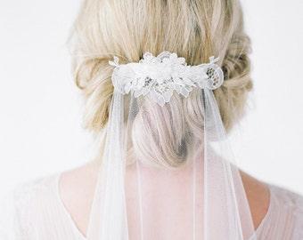 MONROE | fingertip wedding veil, lace bridal veil, fingertip bridal veil with lace, ivory wedding veil