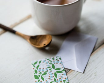 Garden Greens - Little Notes - Set of 10 Enclosure Cards, Envelopes, Gold Closure Stickers - Green - Floral - Pretty -  Gift -  (LN412)