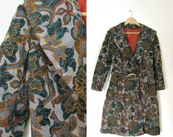 Vintage 60s floral tapestry coat / High Fashion Luxury Autmn floral brocade coat / Bohemian Fall coat