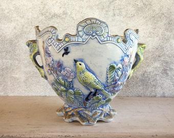 Victorian Majolica planter with bird dragonfly, antique ceramic majolica jardiniere, vintage Majolica cachepot, blue white Chinoiserie decor