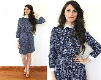 70s Blue Secretary Dress / 1970s Dress / 1970s Bow Novelty Print Mini Dress