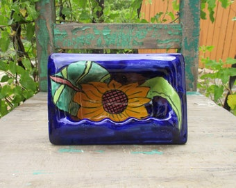 """Beautiful Vintage Talavera Mexico Ceramic Wall Insert SUNFLOWER & COBALT Blue SOAP Holder/Dish that measures 7 3/8"""" x 4 7/8"""" Overall ~"""