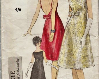 Vintage 60s Sewing Pattern / Vogue 5643 / Evening Dress / Size 12 Bust 32