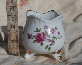 Small Tulip Shaped Vase with Rose Decorations, White with Gold Trim, Japan Made Vintage