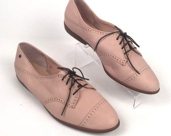 Vintage 1980s Blush Pink Leather Aigner Lace Up Oxfords