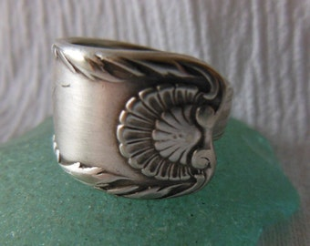 Antique Spoon Ring   Silver plate  Size 5.25