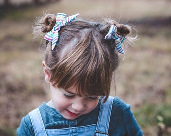 hair bows for girls, gifts for girls, rainbow bows, rainbow hair bows, rainbow pony tail holder, toddler hair bows, girls hair bows