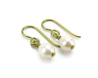 Niobium Pearl Earrings, Gold Niobium Earrings, White Freshwater Oval Pearl Sensitive Ears Earrings, Non-Allergenic Niobium Jewelry