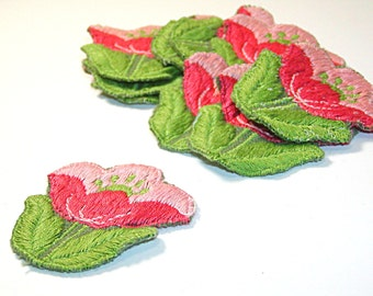 Pink Tulip Applique, Tulip Applique, Dusty Rose Tulip, 1960s Flowers, Tulip Flower, Embroidered Applique, Embroidered Flower, Green and Pink
