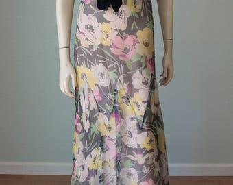 1930s Ultra Feminine Slinky Floral Silk Chiffon Garden Party / Afternoon Gown or Dress with Founce Sleeves and Fluted Hem / Small