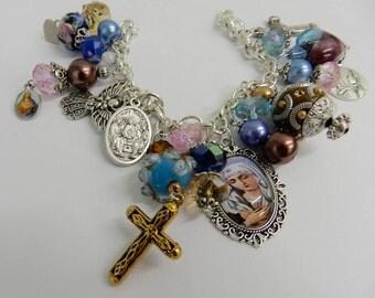 Saints Virgin Mary Bracelet Holy Medal Catholic Charm Bracelet Holy Mother Beaded Religious Jewelry