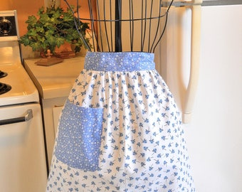 Women's Vintage Style Half Apron in Blue Roses