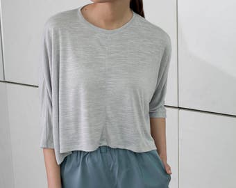 Women oversize shirt, grey crop top, women gray top, Cotton Blouse, Gray short Sleeve Blouse, kimono shirt, summer crop top, crew neck, sale