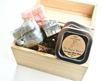 Tea & Sugar Cubes in Wood Gift Box-Flavored Sugar Cube, Hand Blended Loose Leaf Tea, Beaded Tea Infuser, Mad Hatter Tea Party, High Tea Gift