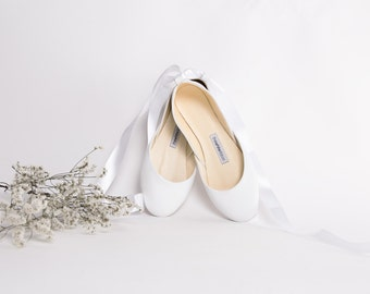 White Wedding Shoes | Bridal Ballet Flats | Leather Pointe Shoes | Ballet Flats with Ribbons | Milk White with Satin Lace...Ready to Ship