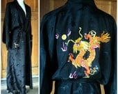 Vintage 70s 80s Rayon Robe/Dressing Gown/1970s 80s Golden Bee/Dragon Embroidery/Large 52 Bust