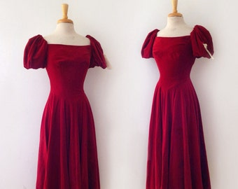 1940s or 1950s ruby red  velvet party  dress, size medium