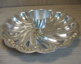 Chip & Dip Silver Plate Vegetable Tray Swivel Design Pedal Rim Dipping Bowl