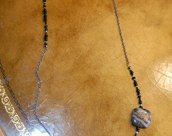 "Petrified wood black glass beads gunmetal chain necklace 32"""
