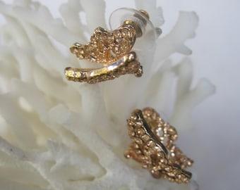 Gold Fluttering Butterfly Spring n Summer Stud Earrings