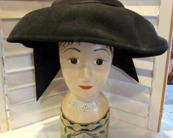 Vintage Wide Brimmed Black 50s Hat w/Black Bow, Black Facinator