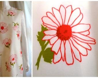 Vintage 1960s Dress Mod Flower Power Chiffon Wiggle Dress White with Red 42 x 36 x 44