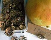 "8 Vintage Old Fashion Brass ""1382"" Flowers"