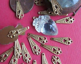 20 Tiny Brass Art Nouveau Style Flourish Connector