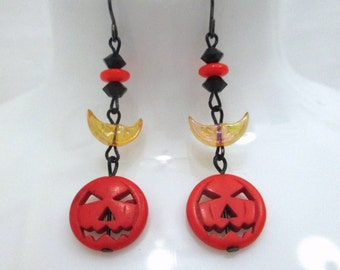 Sleepy Hollow Halloween Jack-o-lantern Beaded Dangle Earrings with Crescent Moons