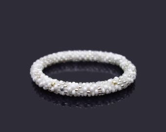 White mix Nepal Roll on Bracelet / choose your SIZE: small, normal or big / very comportable to wear bead crochet Bangle