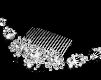 Bridal Rhinestone Hair Comb, Crystal Rhinestone Flower Hair Comb, Wedding Crystal Hair Accessory, Bridal Veil attachment, Wedding Hair Comb