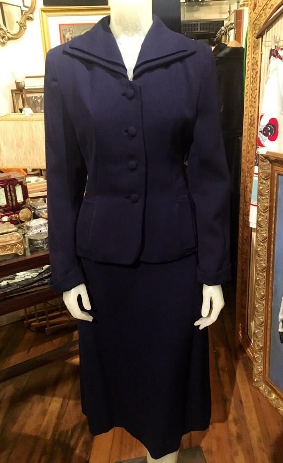 """Vintage 1940s Navy Blue Gaberdine Suit By Aldenaire Small 26"""" Waist"""
