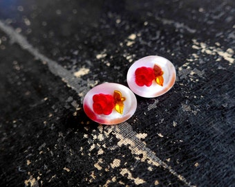 Beautiful 1950's Screw Back Lucite Earrings, Carved Roses - Pin Up Style