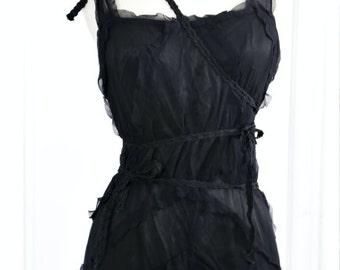 1930s Dress. MEDIUM size.  / 30s Silk Dress / Black Silk Chiffon Gown. - Bias Cut., Ruffles.