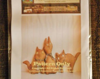 Primitive Cats Trio Printed Pattern, Animal Sewing Patterns, Cat Patterns