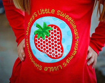 Strawberry Applique shirt- Mommy's Little Sweetheart Shirt- Ruffle Strawberry shirt- Summer Strawberry Shirt- Daddy's Girl- Mommy's Girl