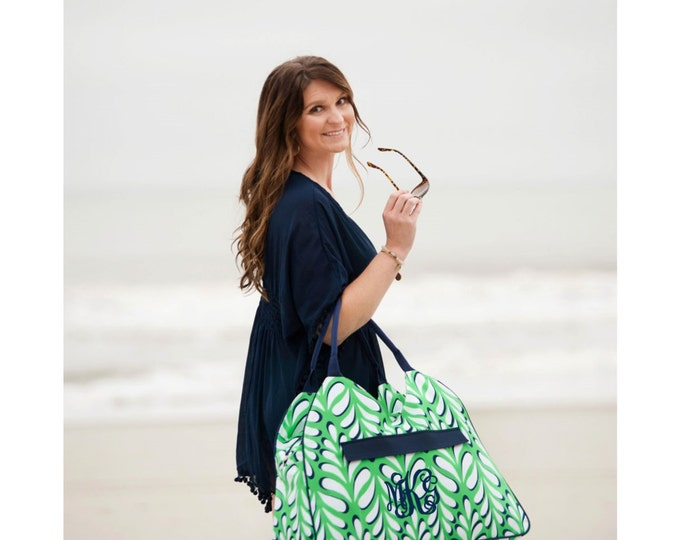 Monogrammed Beach Bag, Weekender Bag, Bridesmaid Gifts, Bridal Shower Gifts, Group Discounts, Monogram Beach Totes