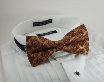 Cranberry and Gold Metallic Bowtie - Wine, Burgandy - Pretied Bow Tie - Fancy Bowtie - Wedding Bowtie - Tuxedo - Groom - Pocket Square