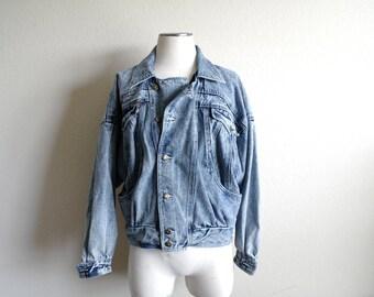 Vintage 90s Denim Jacket - Mens Jacket - Womens Jacket - Light Blue Wash - 1990s Style - Button Up Jean Jacket - Men S/M - Women M/L